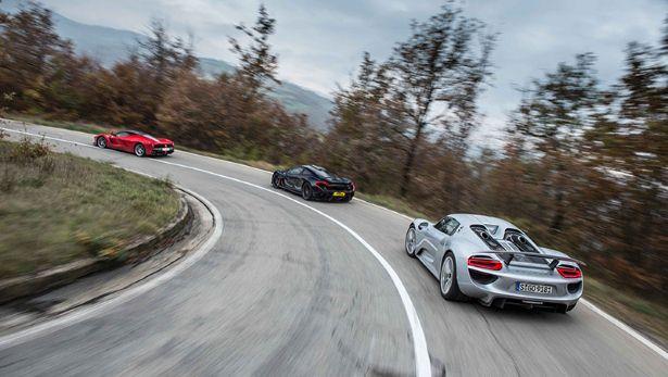 LaFerrari-McLaren-P1-Porsche-918-4