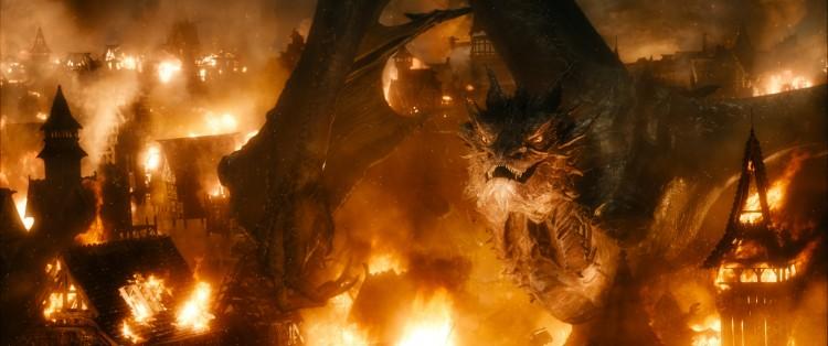 Hobbit dragón Smaug batalla cinco ejércitos 3