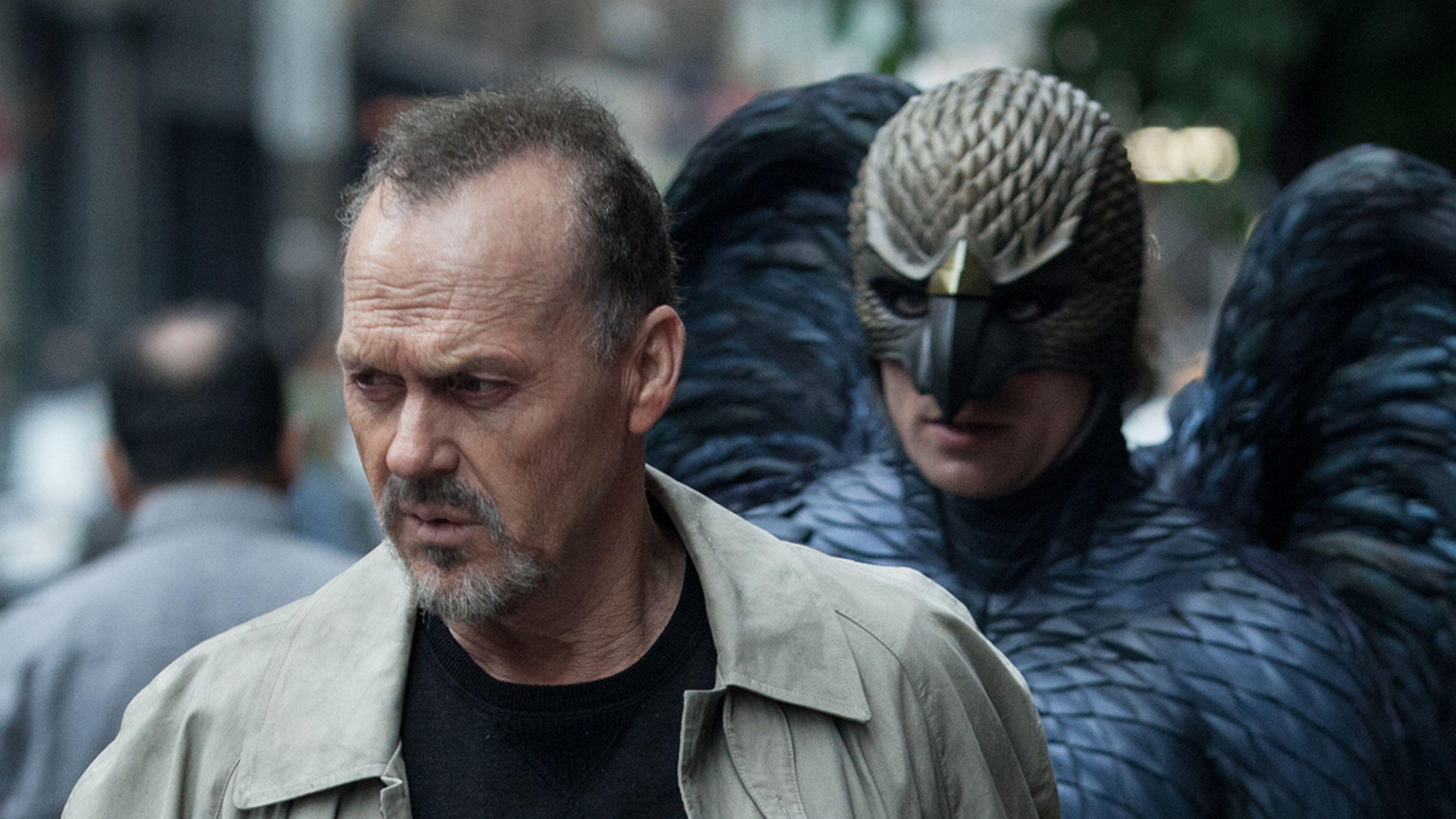 Birdman Michael Keaton crítica Emma Stone
