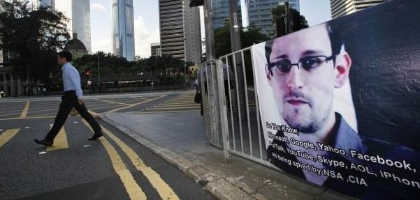 Edward Snowden tecnología tecnócrata facebook