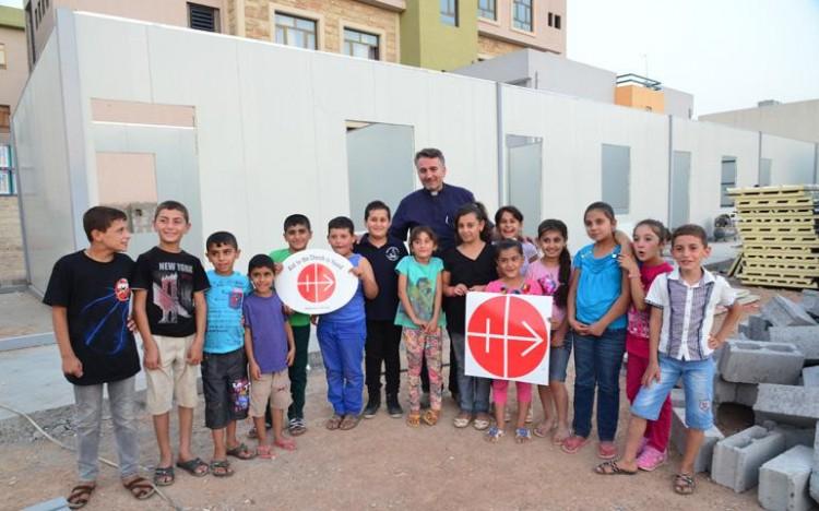 Douglas Bazi Irak padre sacerdote cristianos perseguidos AIN