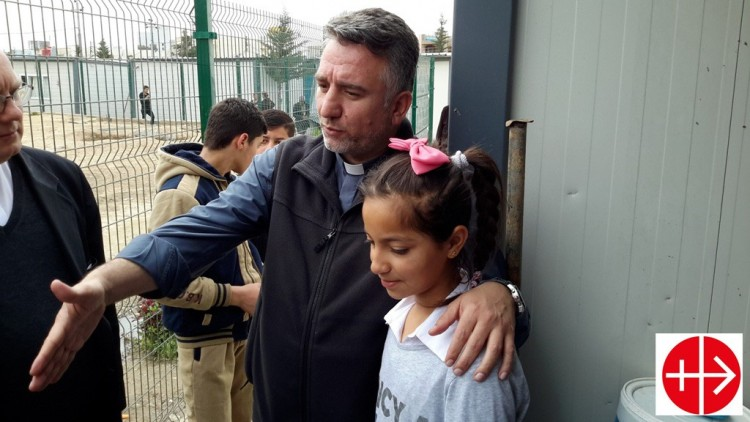 Douglas Bazi padre Irak cristianos perseguidos AIN